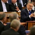 Papírból olvasott fel Orbán, amikor Habonyról faggatták