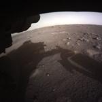 Ezt nézze meg: a Perseverance hazaküldte az első színes fotókat a Marsról