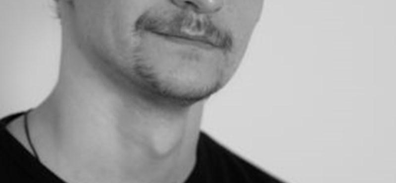 Meghalt egy 33 éves győri színész a szívműtétje után