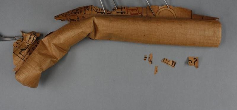 3500 éves halotti papirusztekercset bontottak ki