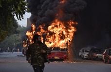 Tüntetők csaptak össze a rendőrséggel az új állampolgársági törvény miatt Indiában