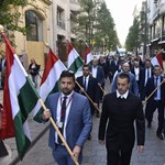 Négyen harcolnak a Jobbik vezetéséért, de egyedül Vona Gáborról döntenek