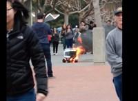 Videó: Kiégett egy önjáró robot, ami ételt szállít ki rendelésre