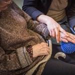 Otthonápolási támogatást adnak a DK-s kerületek a kórházakból hazaküldött betegek családjainak