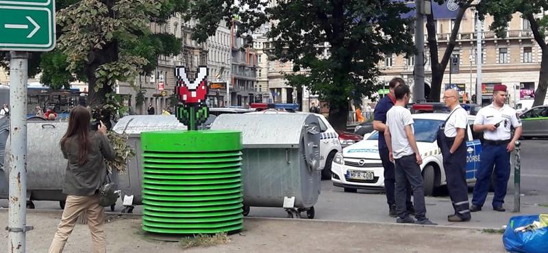 Az MKKP zöldre festette a metró szellőzőnyílását, majd jött több mint húsz rendőr