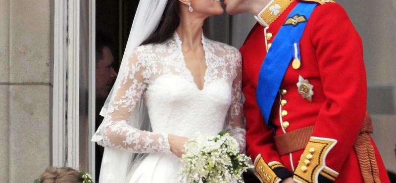 A nap képe: zavarja a koszorúslányt a hercegi csók
