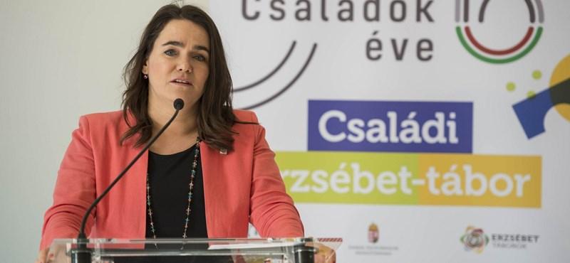 100 ezer forintra nő a gyermekek után járó ápolási díj