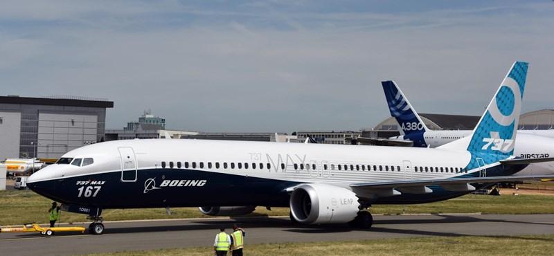 Egyelőre nem adnak át több Boeing MAX-ot