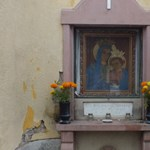 A templomok nem zárnak, a katolikus miséket megtartják