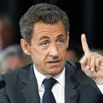 Két francia sztárügyvéd a bombázások miatt feljelenti Sarkozyt