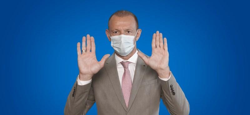 Győrfi Pál visszatért, és felvett egy maszkot