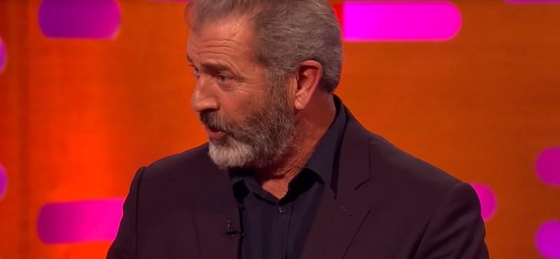 Andy Vajna gulyásáról sztorizgatott Mel Gibson egy brit show-ban - videó