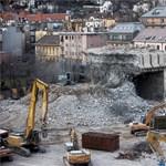 Kétmilliárdból bontották le a Margit körúti irodaházat, de titkos, mire ment el a pénz