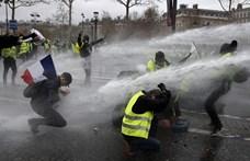 A francia tüntetések miatt szigorít a láthatósági mellények kereskedelmén Egyiptom