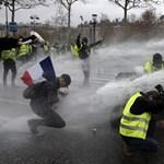 Több párizsi múzeumot is bezárnak szombaton a sárgamellényes tüntetések miatt