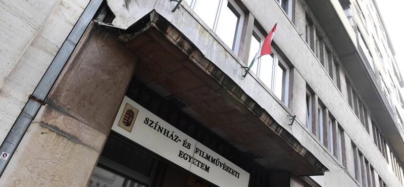 Az SZFE szerint szabályt szegve zárhatják ki őket az Európai Színházi Iskolák és Akadémiák Uniójából