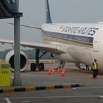 Fotók: Így kell sokmilliós kárt csinálni egy repülőben – anélkül, hogy felszállt volna