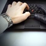 Hekkelés a szabadságért - Al Qaeda weboldakat tört fel az USA