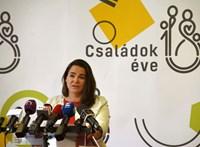 Brüsszeltől vár segítséget a kormány az osztrák családi pótlék ügyében