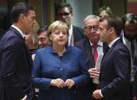 Macron szerint nem lehet újratárgyalni a brit kilépési megállapodást