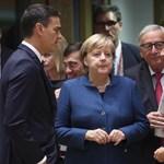 Macron: Merkel méltóságteljes döntést hozott
