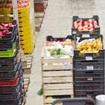 Feketemunka, kifizetetlen pótlék, késő fizetés – ilyen a bolti dolgozók helyzete