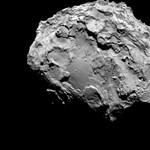 Por kavarog az üstökös felszínén, ahogy közeledik a Naphoz