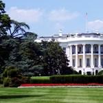 Újabb ember hagyja ott Trumpot, távozik az elnöki hivatal egyik legrégebbi munkatársa