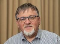 Győr polgármestere a Facebookon oktatta ki a tíz év után kirúgott színházigazgatót