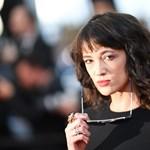 Kirúgták a szexuális zaklatással vádolt Asia Argentót az olasz X-Faktorból