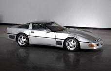 """Eladó a """"Kalapács"""" Corvette, ami anno 410 km/h-s tempóra is képes volt"""