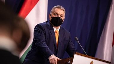 Szamizdat, balfácán, letiltás – furcsa közleményben reagált Orbán Manfred Weber szavaira