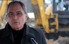 A választóival nem áll szóba, de irodát közel félmillióért bérel Miskolcon a fideszes Hubay György