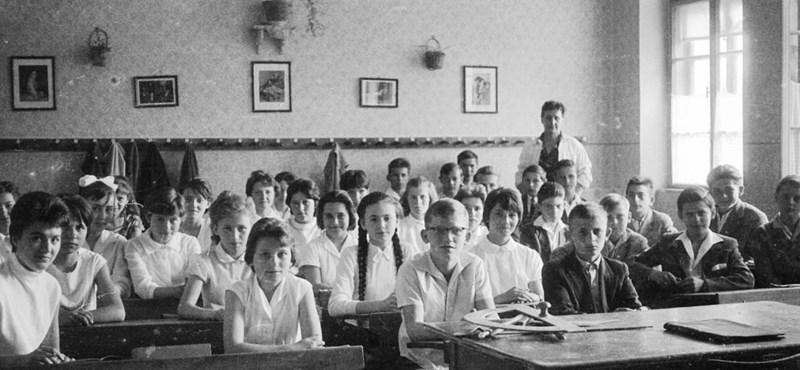 Ezért hasonlítanak az iskolák a kaszárnyákra és az üzemcsarnokokra: mire nem alkalmas a magyar iskolák zöme?