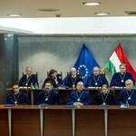 BM kontra köztársasági elnök: augusztus végén dönt az Ab a kúttörvényről