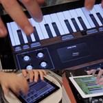 Ingyen letölthető az iPad zenei szoftvereivel készült dal (Jason Derulo - It Girl) [videó]