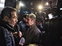 Azonnal legitimálta a közmédia Hadházy tüntetését