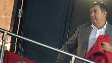 Ritka pillanatok: Mészáros Lőrinc focimeccset értékel
