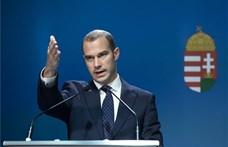 Hollik: Arra kérheti a Fidesz-KDNP a kormányt, hogy vegye át a Lánchíd felújítását