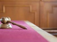 Felmentheti a bíróság az olasz lányt, aki megölte rátámadó apját
