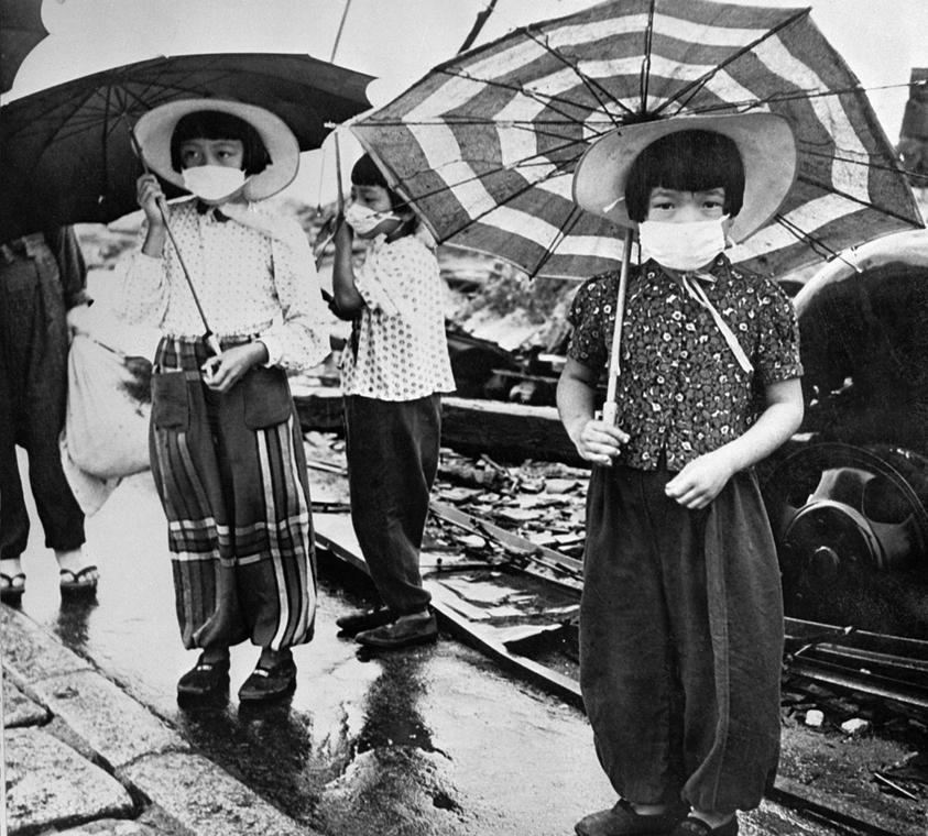 afp.1948. - Gyermekek Hirosimában - maszkokkal védekeznek a sugárzás ellen - atombomba 70, Nagaszaki, Nagasaki, Hirosima, Hiroshima