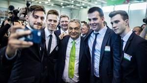 Csizmadia Ervin: Miért tud immáron tíz éve hatalmon lenni az Orbán-kormány?