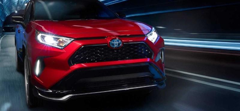Mostantól a Toyota RAV 4 is kaphat zöld rendszámot