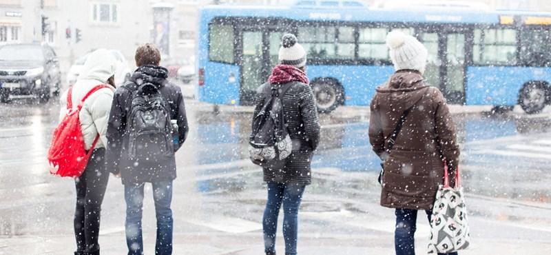 Ónos eső, havazás, hófúvás, mi jöhet még ezen a hétvégén?