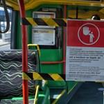 Lezárják az első ajtókat a budapesti buszokon és trolikon
