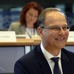 Juncker elvette Navracsicstól az állampolgársági ügyeket