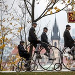 Nem mindennapi bicikliverseny zajlott Prágában - fotók