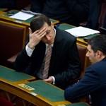 Két minisztertől válhat meg Orbán