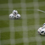 Ragaszkodik az UEFA ahhoz, hogy az eredeti helyszíneken tartsák az Eb-t