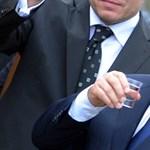 És akkor Orbánhoz bekopogott a veje egy üveg pálinkával
